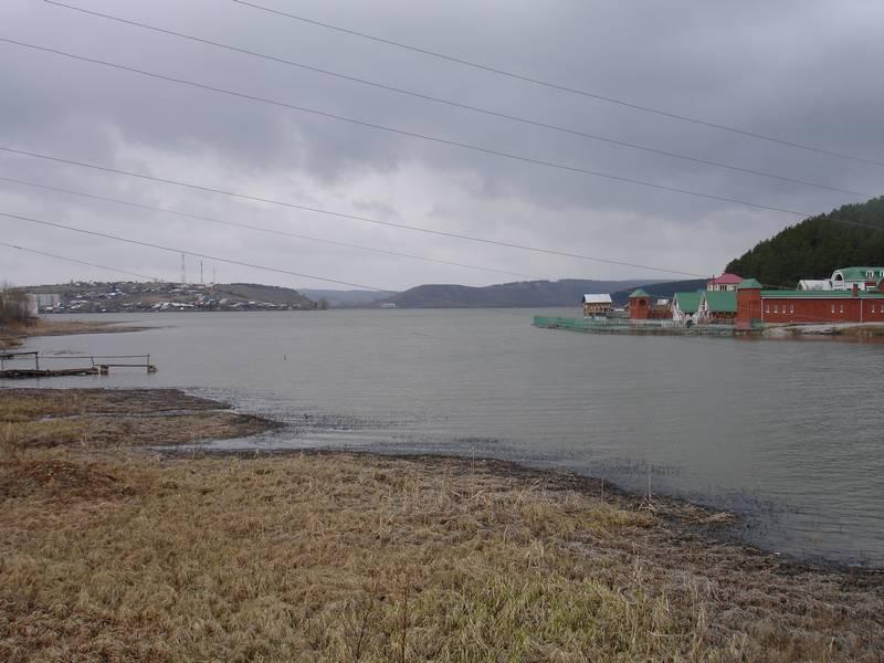 Фото 30. Городской пруд на реке Серга